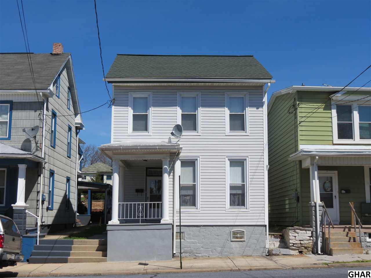 33 E Main Ave, Myerstown, PA 17067