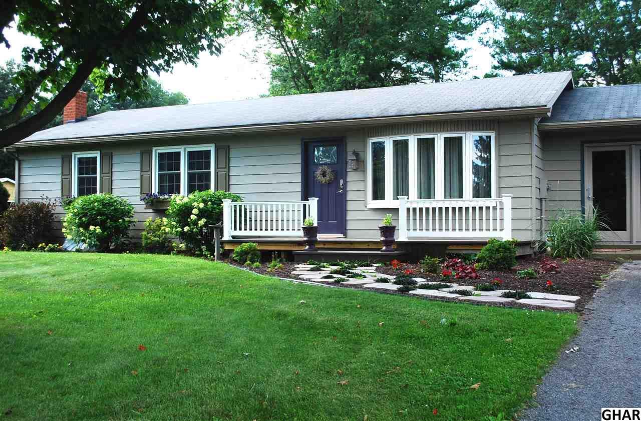 1529 Linden Rd, Chambersburg, PA 17202
