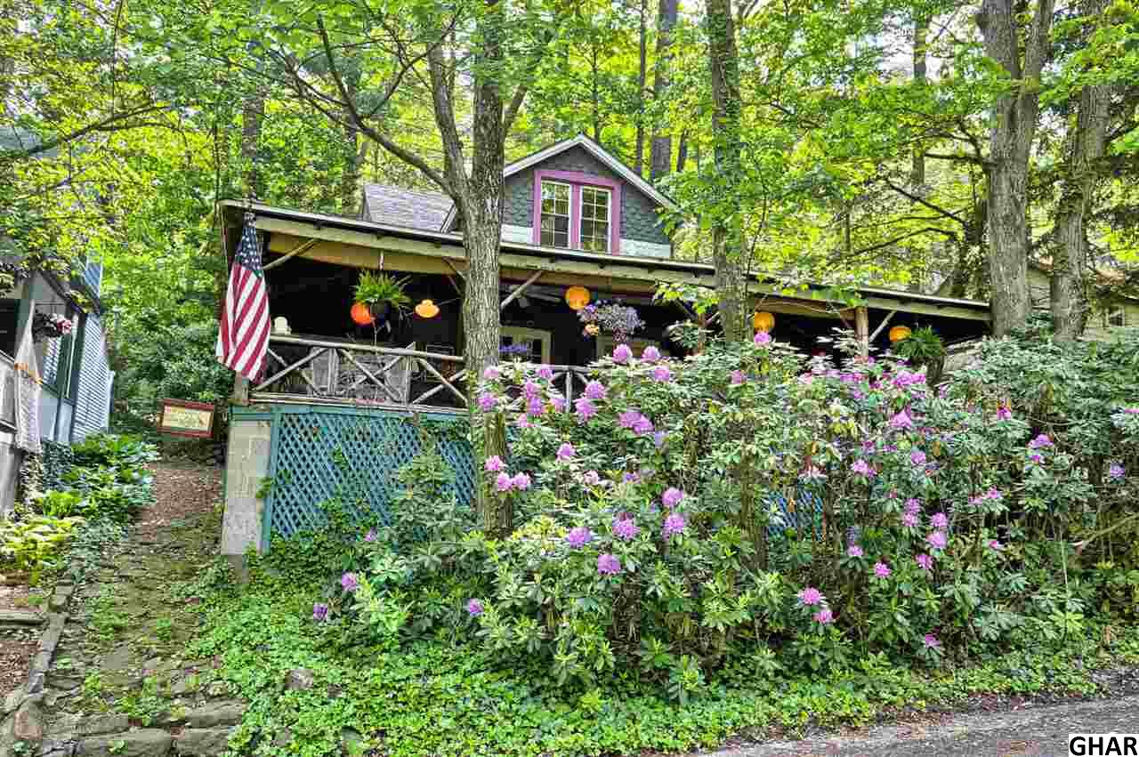 114 Princeton Ave, Mount Gretna, PA 17064