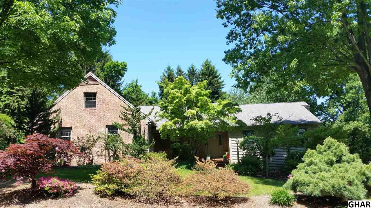 140 E Lauer Ln, Camp Hill, PA 17011