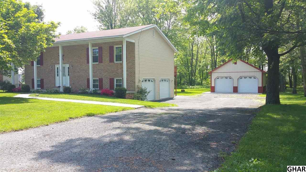 103  Country Club Road, Carlisle, Pennsylvania