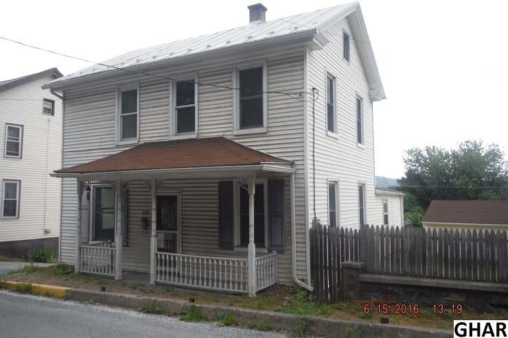 130 N 6th St, Newport, PA 17074
