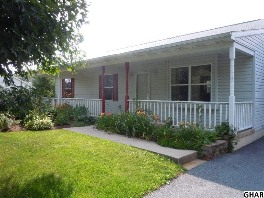 319 Yeagley Rd, Myerstown, PA 17067