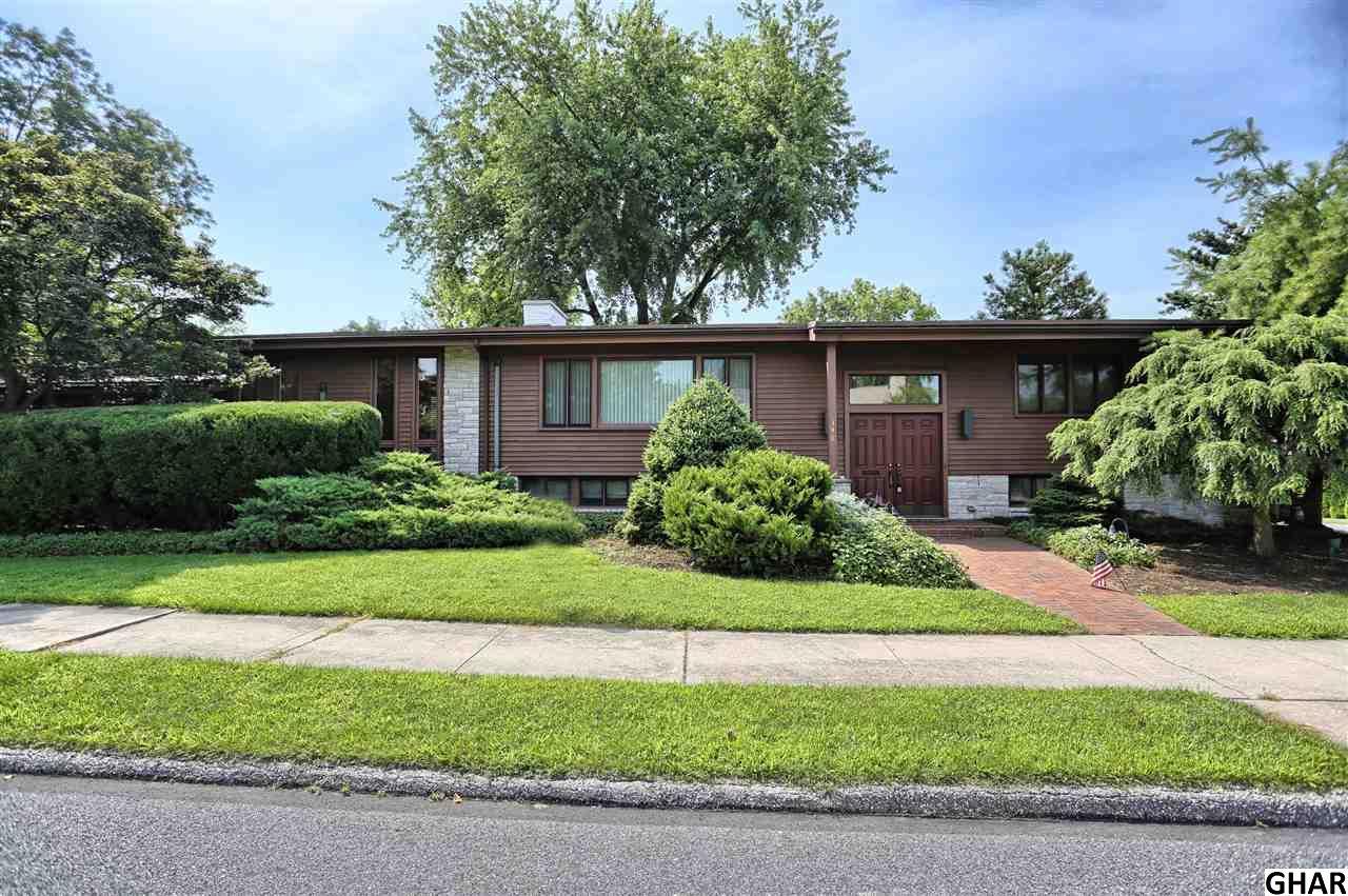 348 Cedar Ave, Hershey, PA 17033
