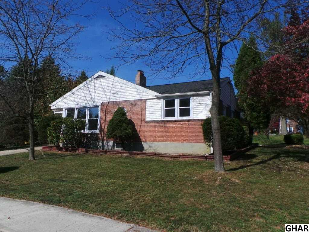 12 Highland Dr, Camp Hill, PA 17011