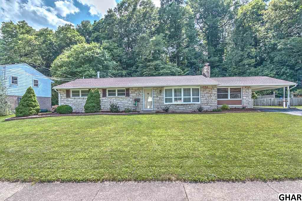 130 Yellow Breeches Dr, Camp Hill, PA 17011