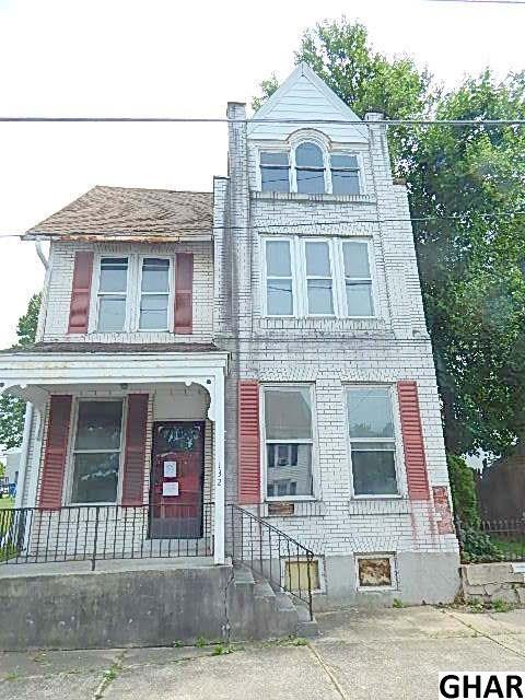 132 E Main St, Fredericksburg, PA 17026