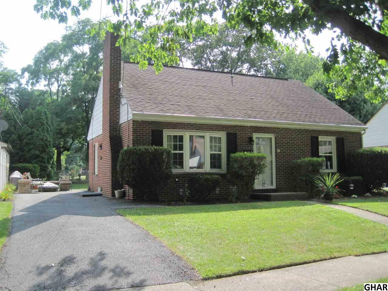89 Oneida Rd, Camp Hill, PA 17011