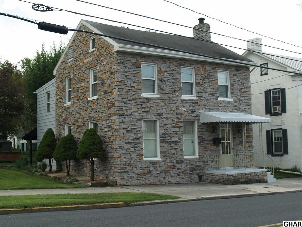 Photo of 211 E King Street  Littlestown  PA