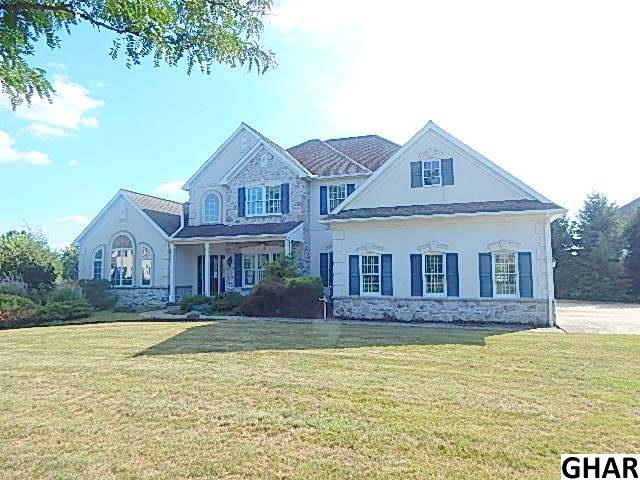 2 Homestead Cir, Myerstown, PA 17067