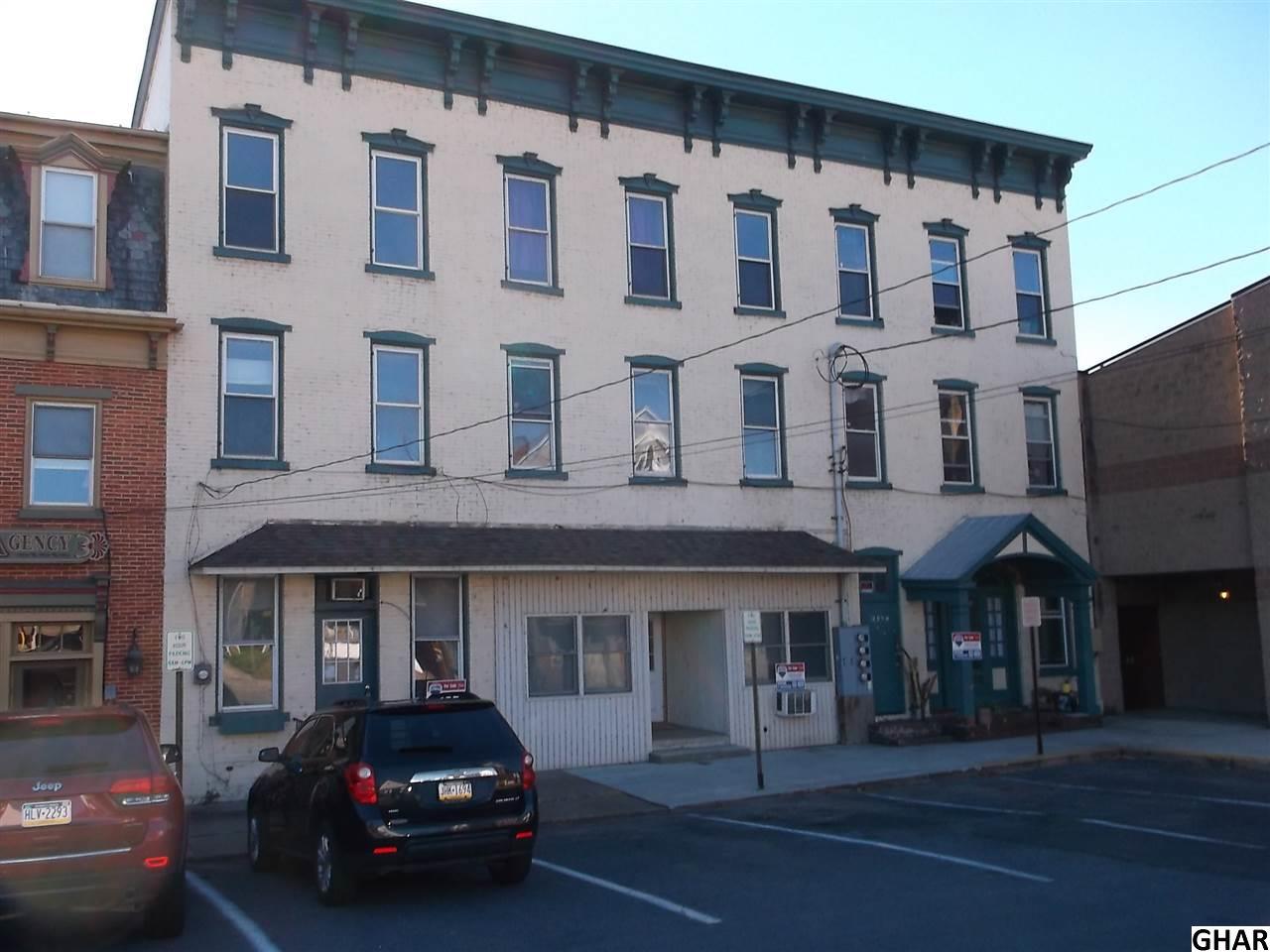 5 N Market St, Millerstown, PA 17062