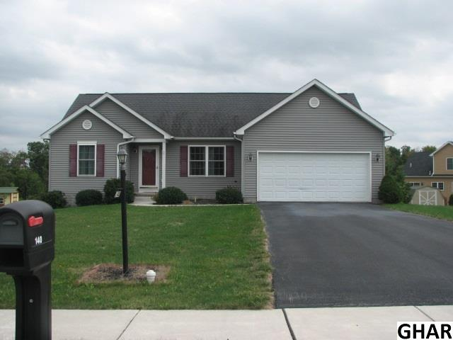 140 Tracy Dr, York Springs, PA 17372