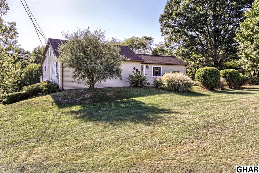 463 Old Stage Rd, Lewisberry, PA 17339