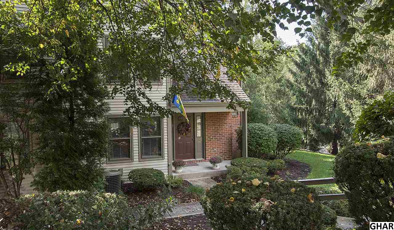 1119 Galway Ct, Hummelstown, PA 17036