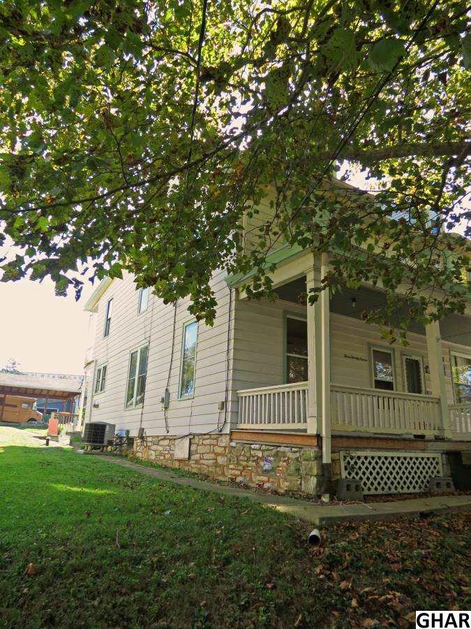 327 Park Ave, Hershey, PA 17033