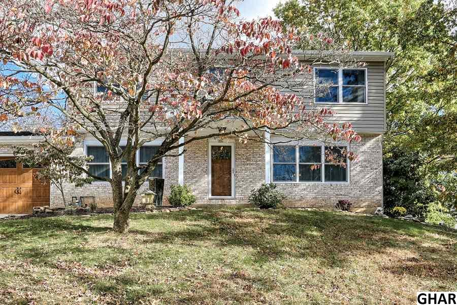 201 Fineview Rd, Camp Hill, PA 17011