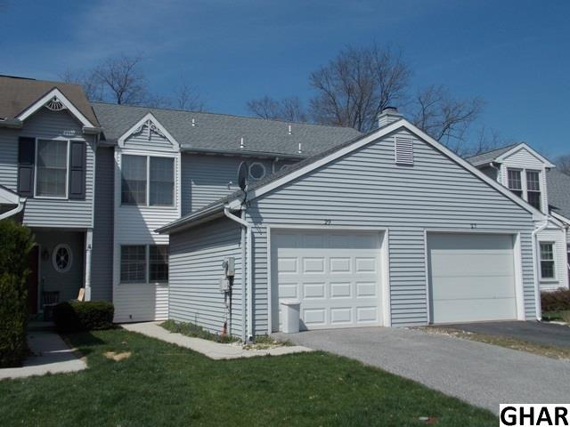 Photo of 29  Warwick Circle  Mechanicsburg  PA