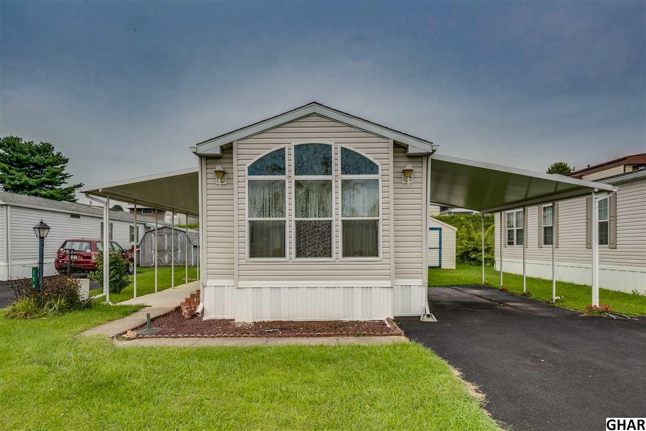 Photo of 120  Ridgewood Manor  Manheim  PA