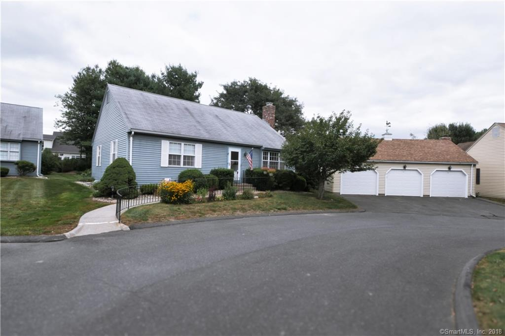 10 Maybury Road Suffield, CT 06078