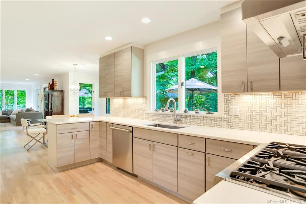 One of Greenwich 4 Bedroom Homes for Sale at 10 Stepping Stone Lane