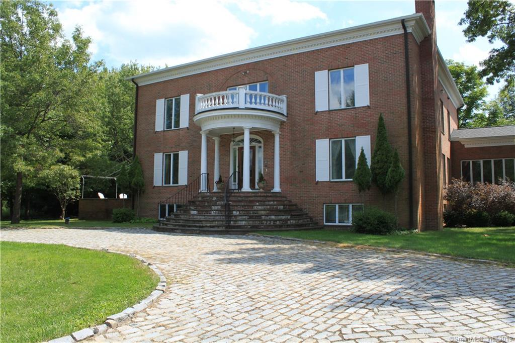 604 North Quaker Hill Road, Pawling, New York