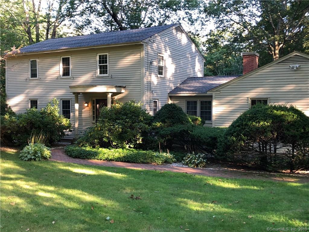 63 Farnsworth Drive New Hartford, CT 06057