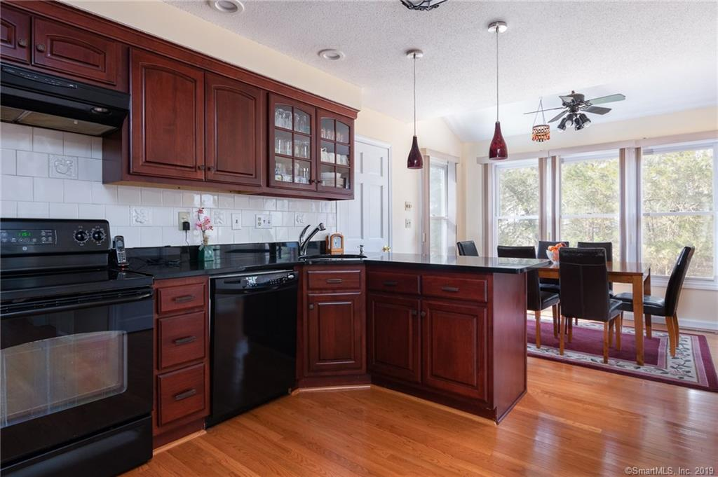 5 South Pond Circle Cheshire, CT 06410