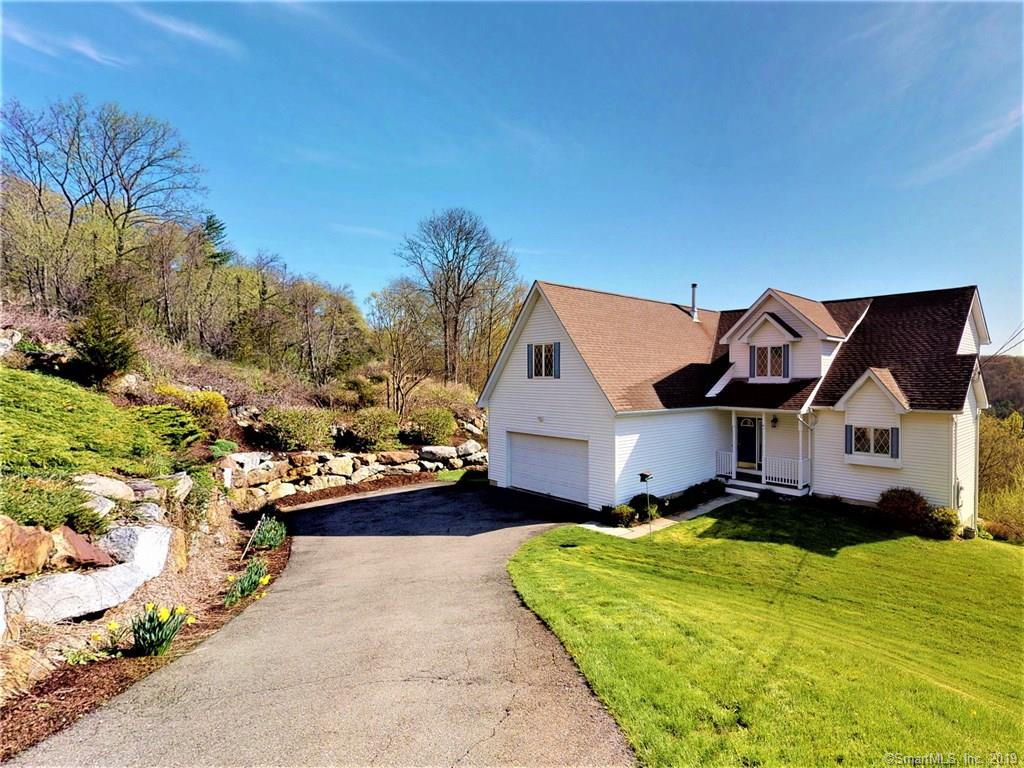 19 Candlewood Vista New Milford, CT 06776