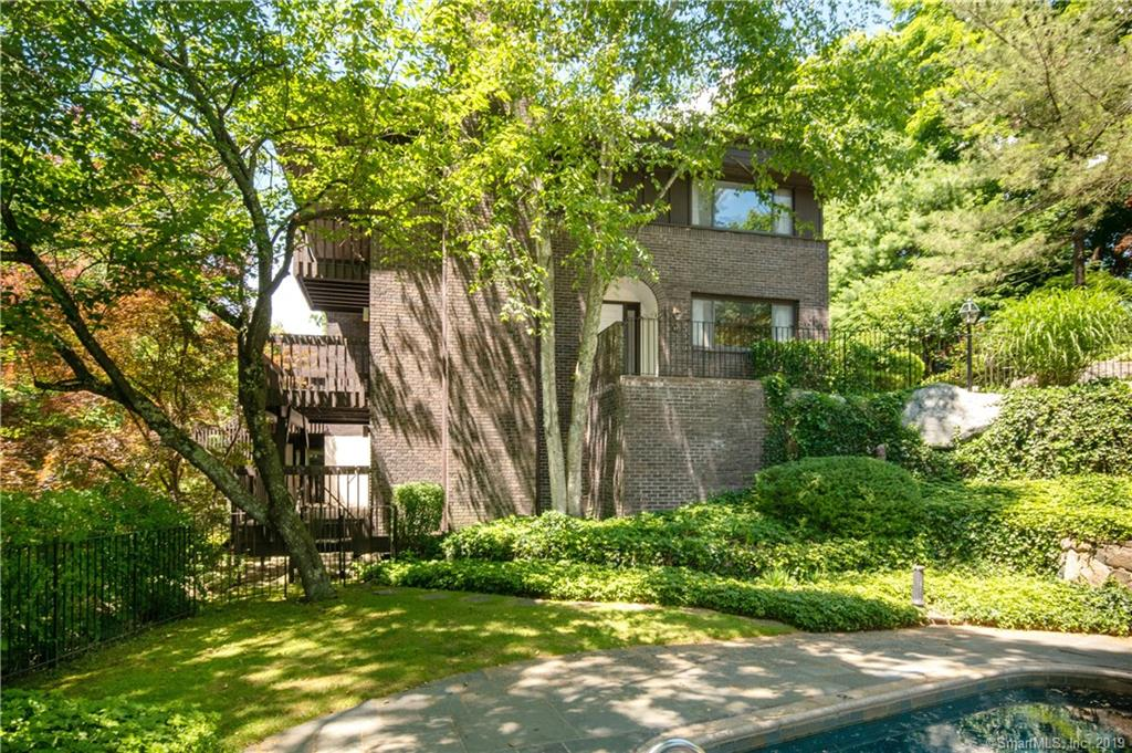 289 New Norwalk Road, one of homes for sale in New Canaan