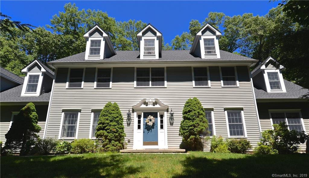23 Deerfield Road, Brookfield, Connecticut