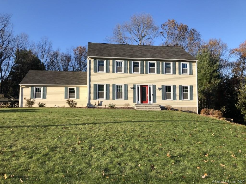 570 Redstone Drive, Cheshire, Connecticut