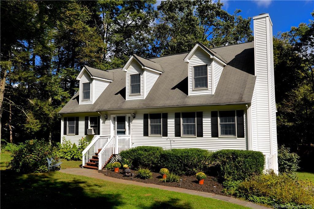12 Cedar Hill Road, New Milford, Connecticut