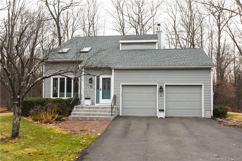 10 Old Village Lane, Farmington, Connecticut