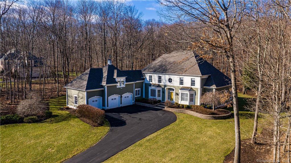 55 Wyndemere Court, Cheshire, Connecticut