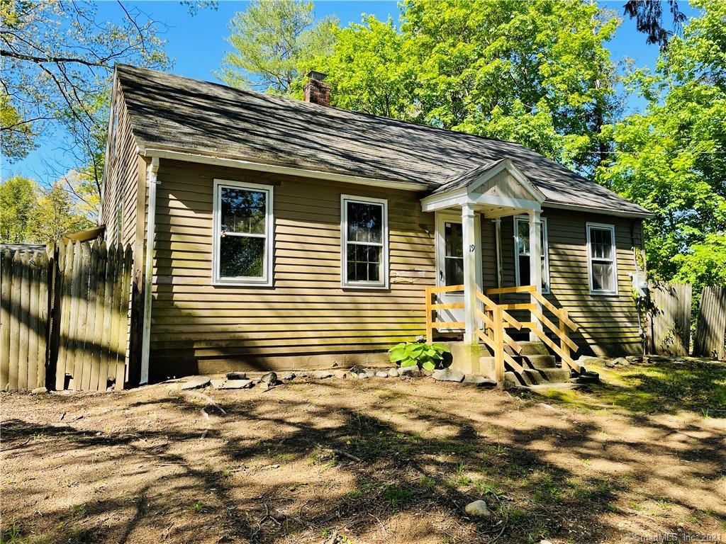 19 Blue Bonnet Knolls, New Milford, Connecticut