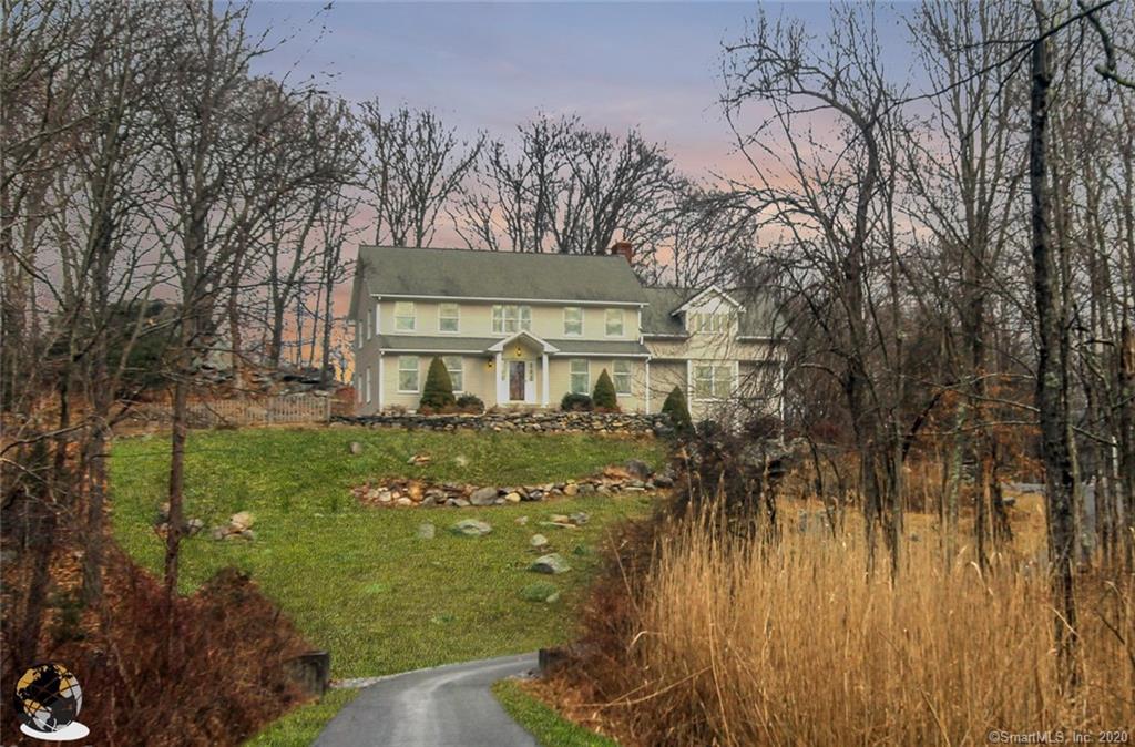 21 Flat Swamp Road, Newtown, Connecticut
