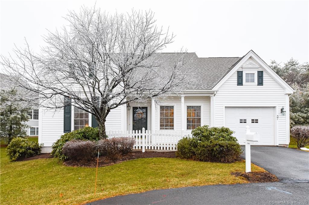 37 Grassy Hill Road, Farmington, Connecticut