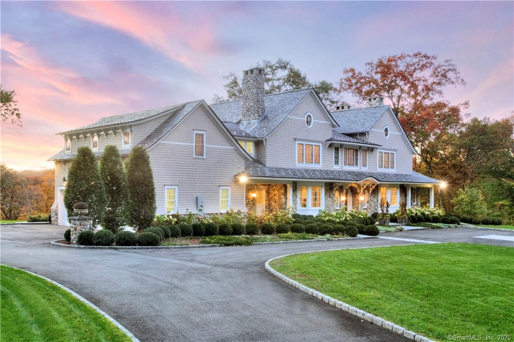 56 Pequot Lane, New Canaan, Connecticut