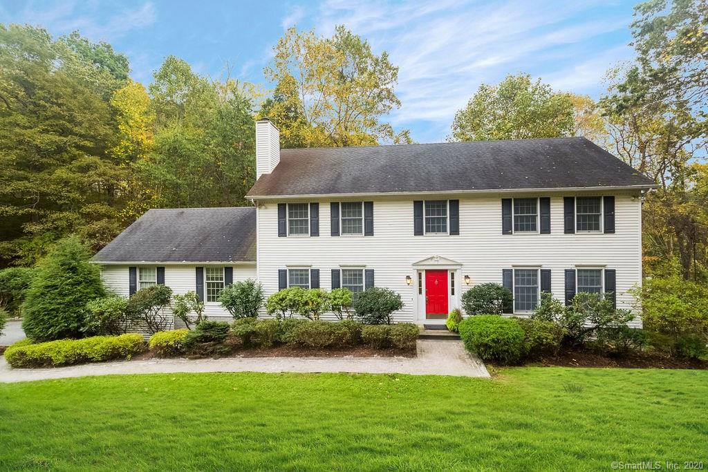169 Middle River Road, Danbury, Connecticut