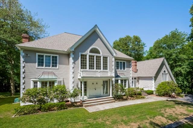39 11 O Clock Road, Weston, Connecticut