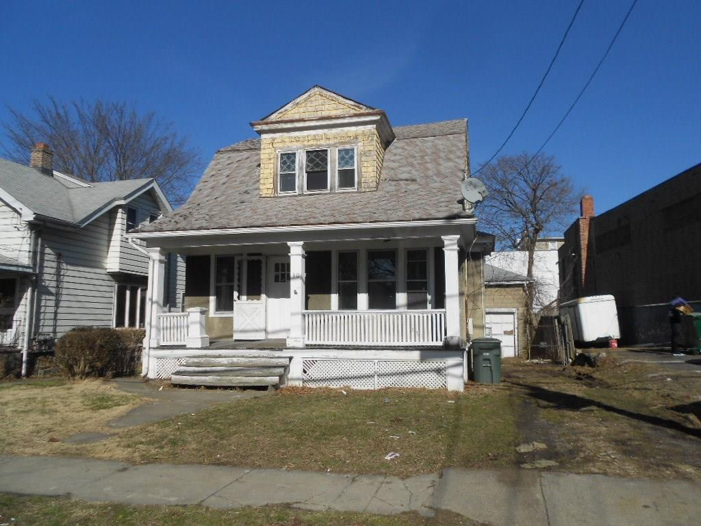 Photo of 30 Bennett Street  Bridgeport  CT