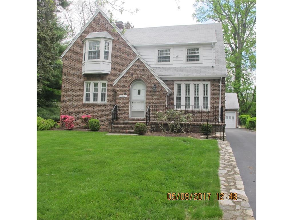 Photo of 2068 Stratfield Road  Fairfield  CT