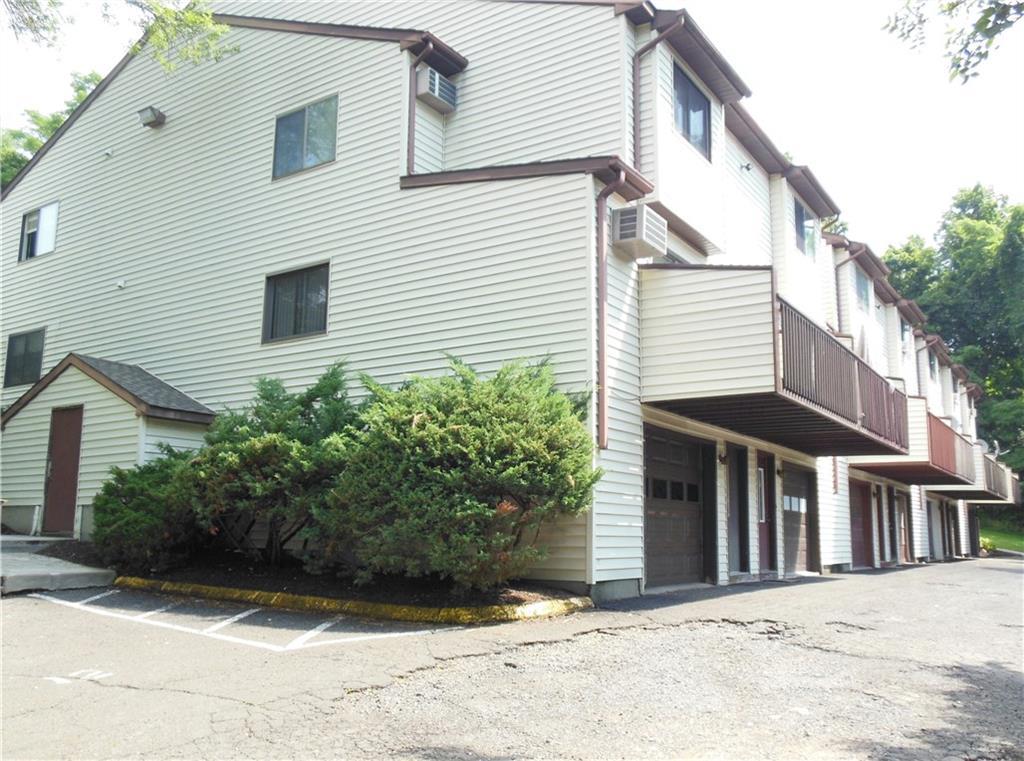 Photo of 8 Scuppo Road  Danbury  CT