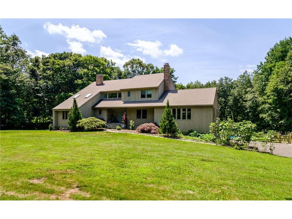 Photo of 34 Trails End Road  Weston  CT