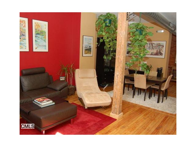 Rental Homes for Rent, ListingId:34630117, location: 325 Lafayette St Bridgeport 06604