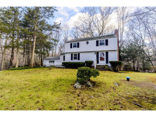 Photo of 11 Dogwood Ln  Madison  CT