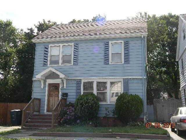 573 Bishop Ave, Bridgeport, CT 06610