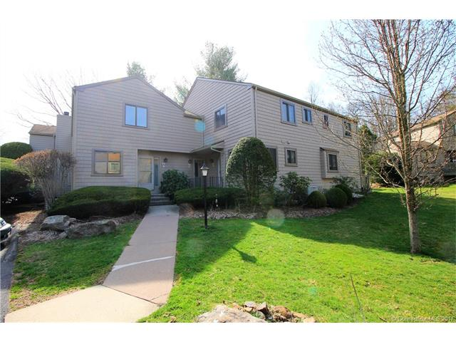 Photo of 32 Happy Hollow Cir  Stratford  CT