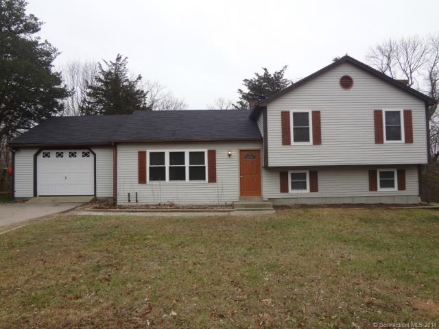 28 Wheeler Rd, Stonington, CT 06378