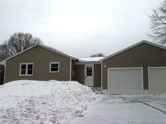 Rental Homes for Rent, ListingId:31636259, location: 112 Fog Plain Rd Waterford 06385